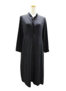 無地の着物もフリルをつけて オシャレなドレスに♪